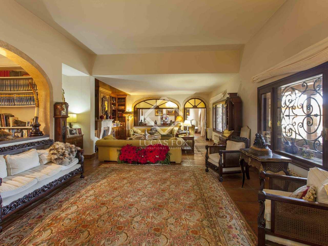 Magnifica villa en una parcela de m en venta en d nia for Gimnasio denia