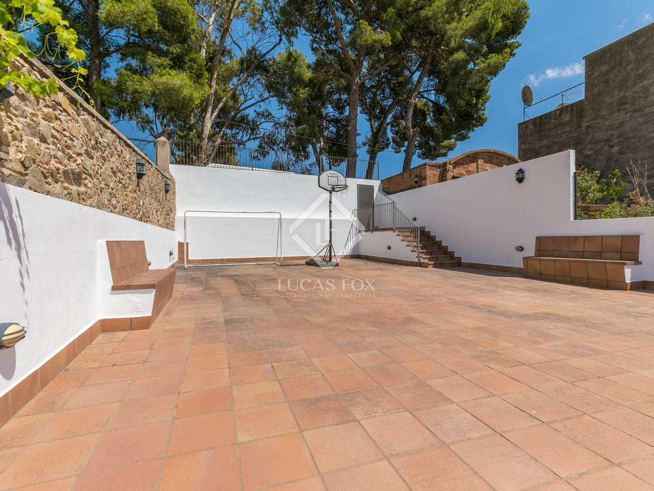 Maison villa de 310m a louer alella avec 150m de jardin for Jardin anglais caracteristiques