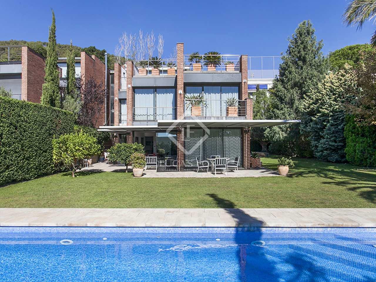 Fantastic Recently Renovated Luxury Houseto Buy Pedralbes