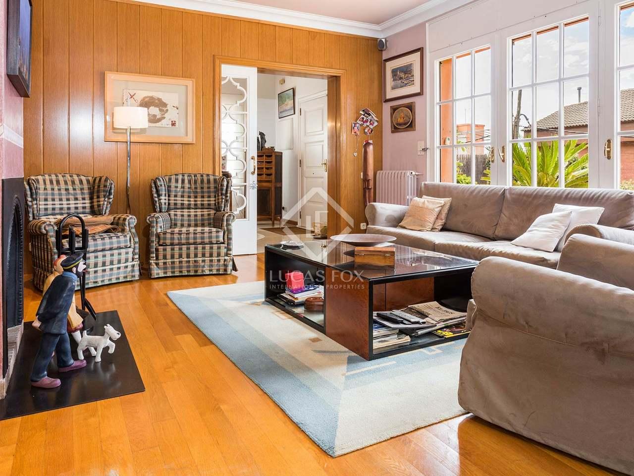 maison villa de 320m a vendre gr cia barcelone. Black Bedroom Furniture Sets. Home Design Ideas