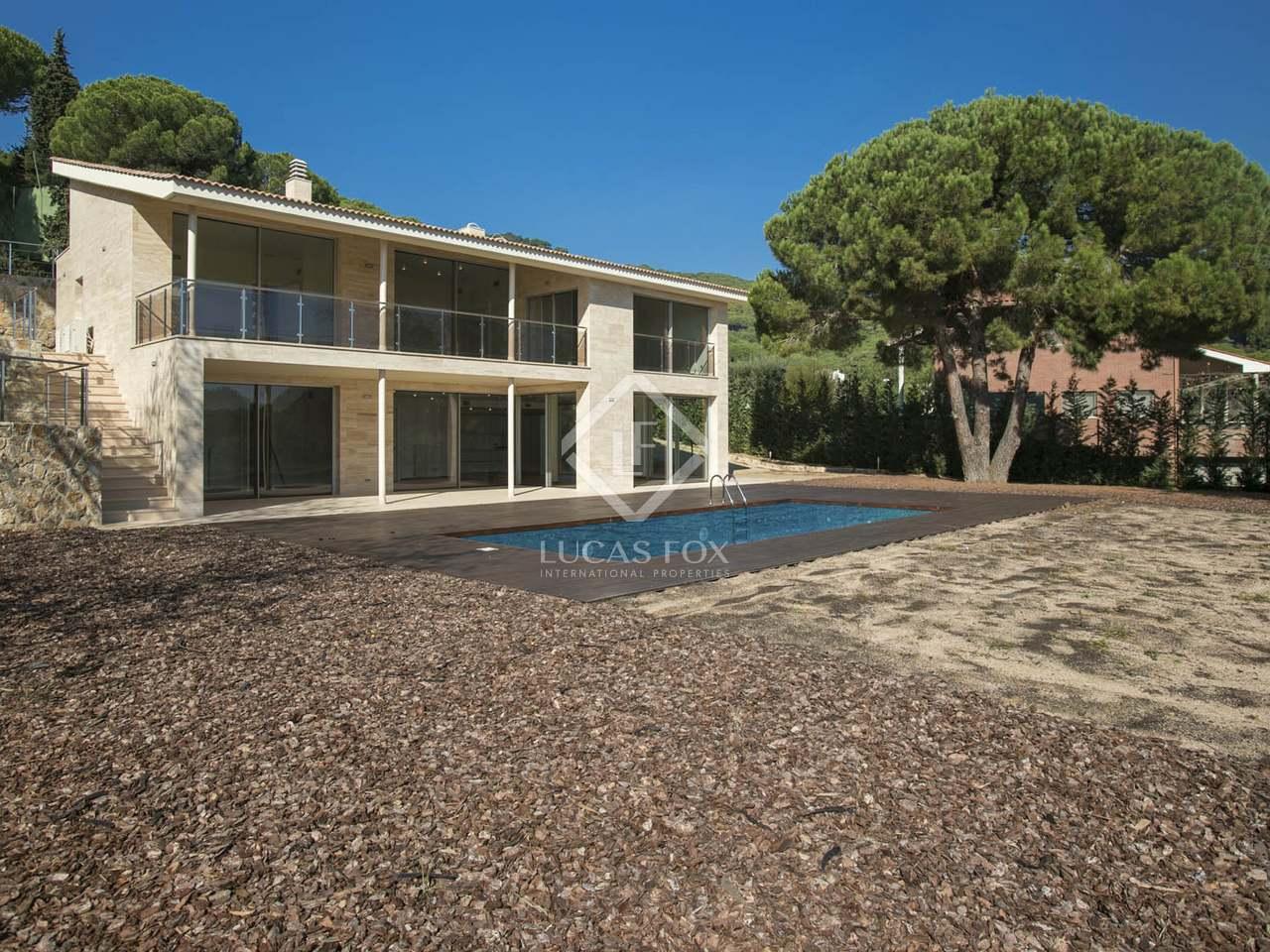 Villa de 454 m en venta en cabrera de mar maresme - Piscina cabrera de mar ...