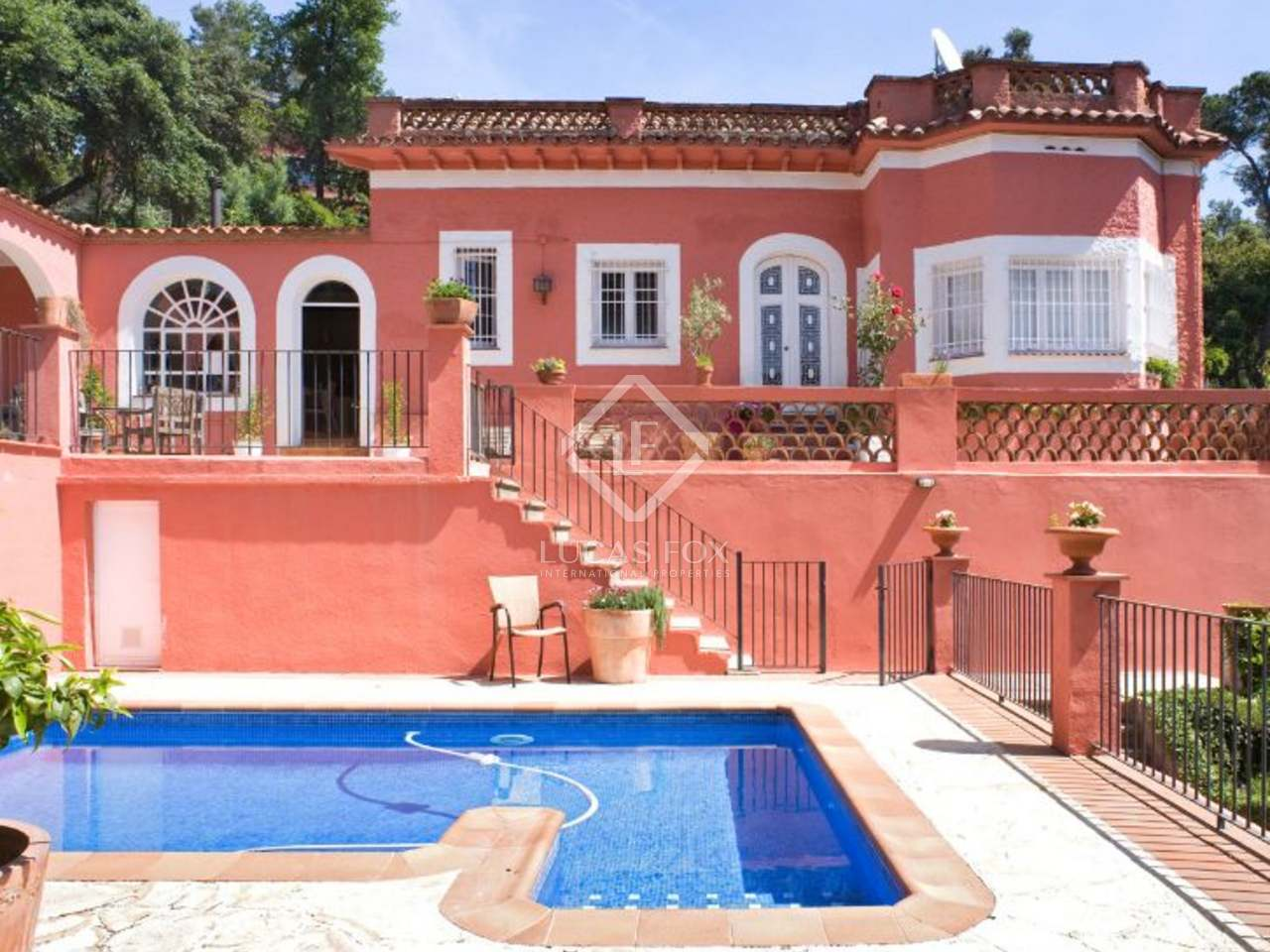 maison villa de 240m a vendre sant cugat barcelone. Black Bedroom Furniture Sets. Home Design Ideas