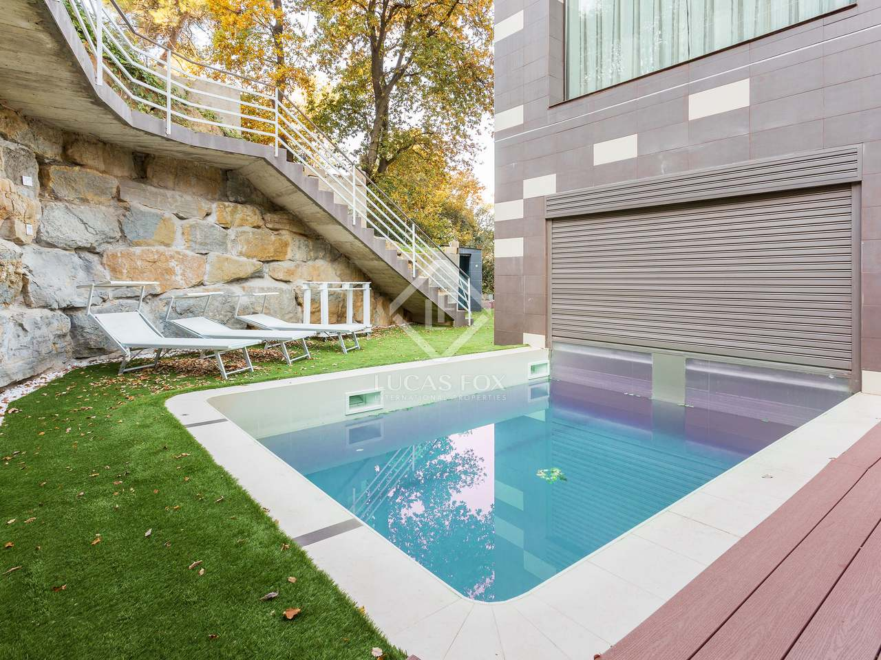 510 m villa with 682 m garden for sale in sant cugat for Barcelona pool garden 4