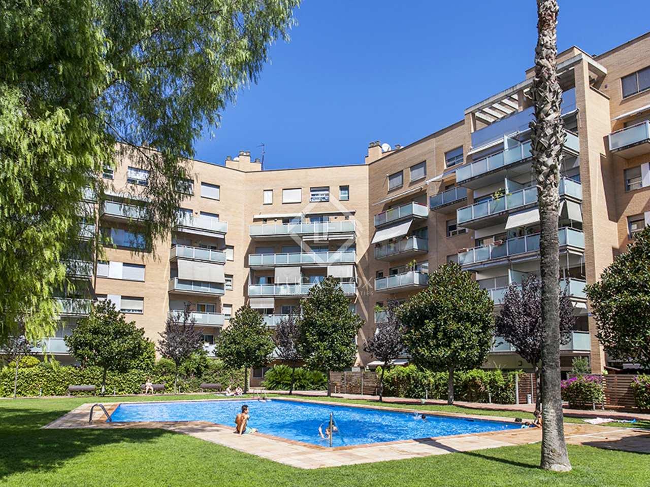 D plex de 3 dormitorios en venta en vila ol mpica barcelona for Piscina olimpica barcelona