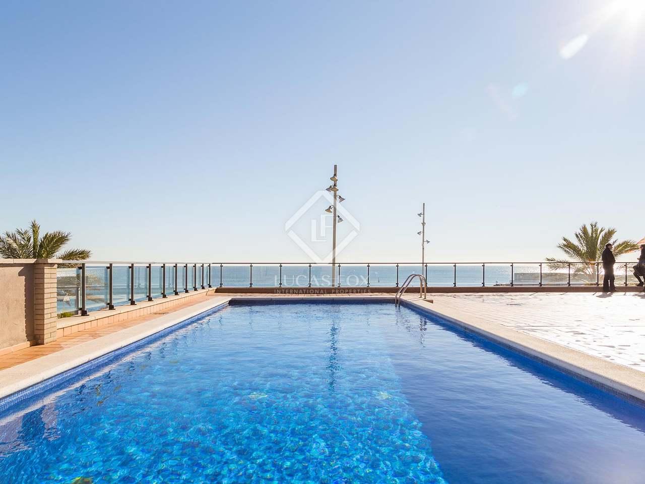 Appartement vendre sur la marina de badalona pr s de for Piscine w barcelone