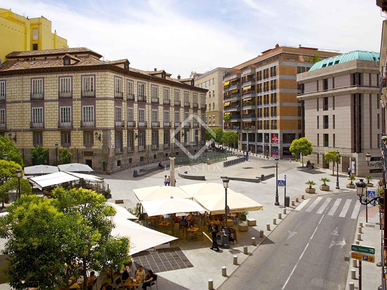 Residencia a renovar de 5 dormitorios en el barrio de palacio for Residencia el jardin madrid