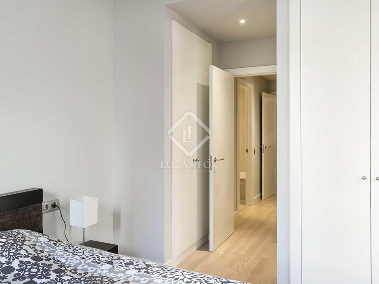 Apartamento de 2 dormitorios en alquiler en ciutat vella for Alquiler de dormitorios