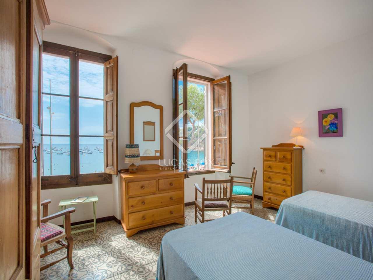 Casa de 4 dormitorios a renovar en venta en llafranc for Renovar la casa dormitorio