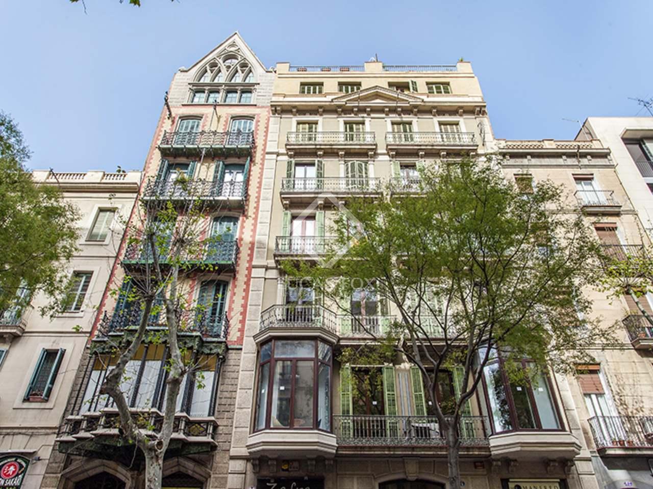 Appartement de 142m a louer eixample droite avec 12m for Appartement a louer a barcelone avec piscine
