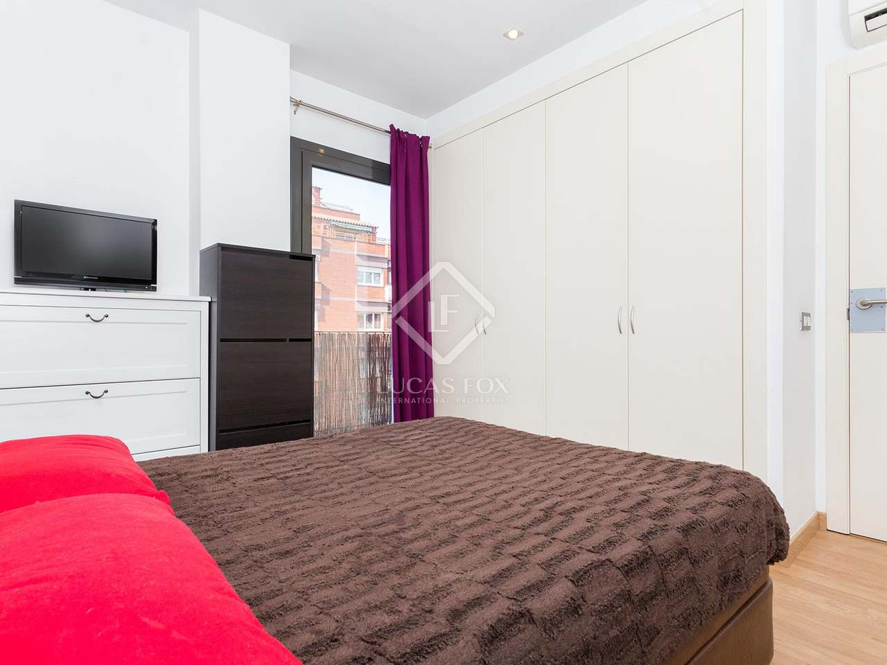 1 Bedroom Apartment With A Terrace For Sale Near Sants