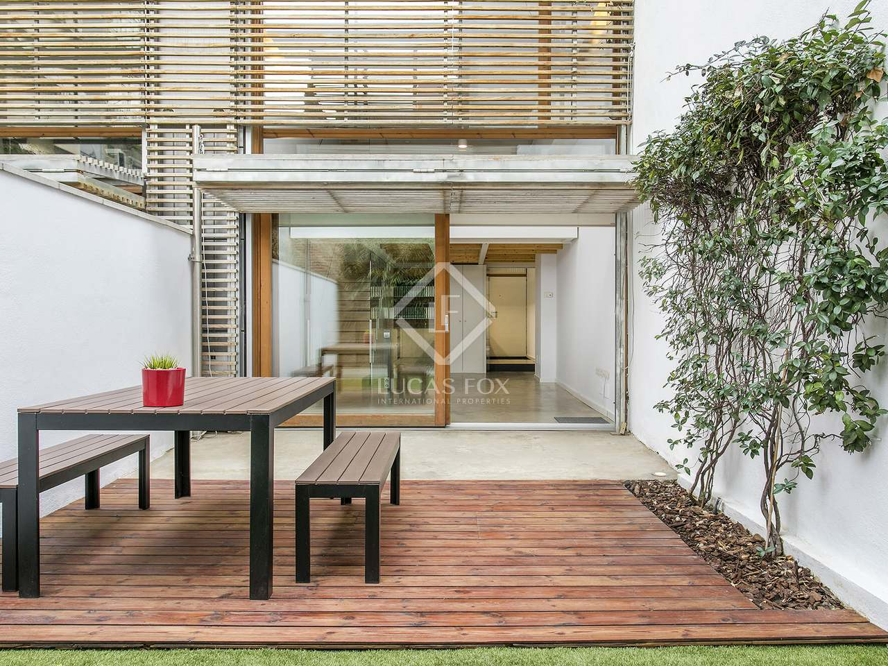 Casa de 140m en alquiler en poblenou barcelona for Casa con jardin alquiler barcelona