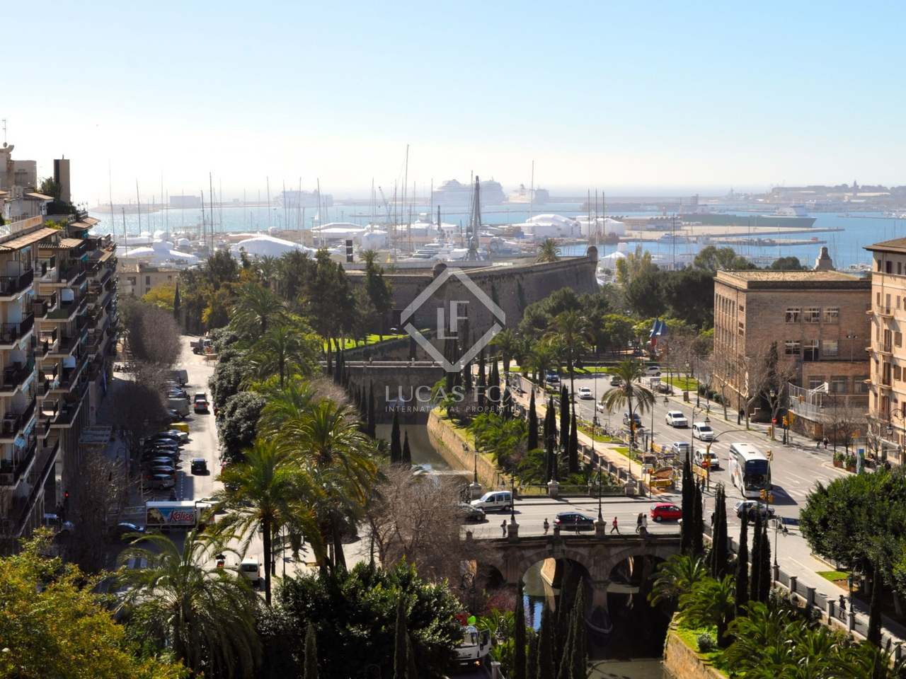 Apartment to buy in palma de mallorca with marina view for Living palma