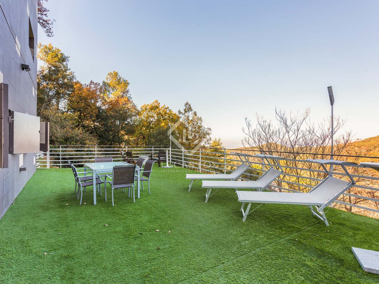 Maison villa de 510m a vendre sant cugat avec 682m for Jardin anglais caracteristiques