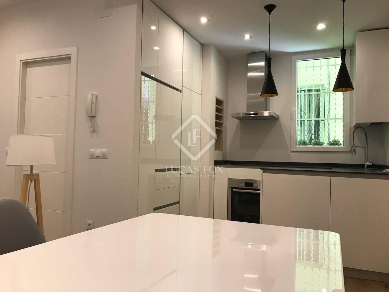 58 m apartment for sale in retiro madrid for Bathrooms in retiro park