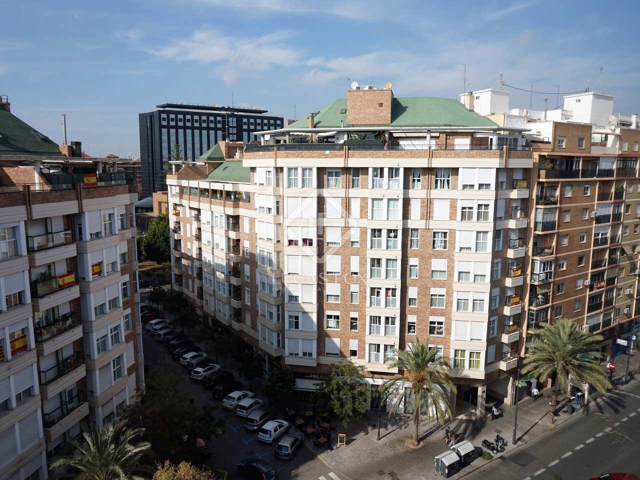 Piso de 120m en alquiler en el pla del real valencia for Compartir piso ciudad real