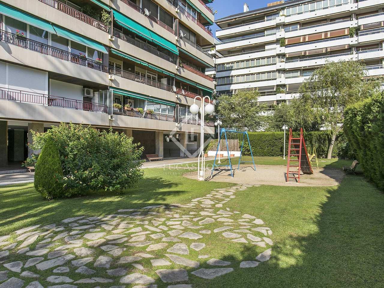 Appartement de 170m a louer les corts barcelone for Piscine w barcelone