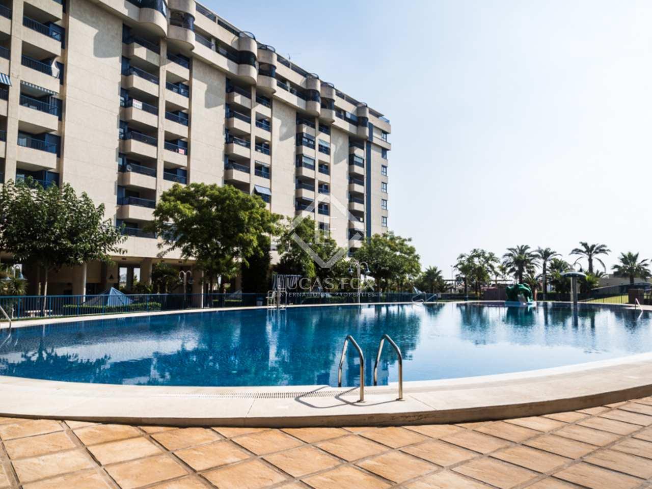 Piso de 97m con terraza y piscina en venta en patacona for Piscina patacona