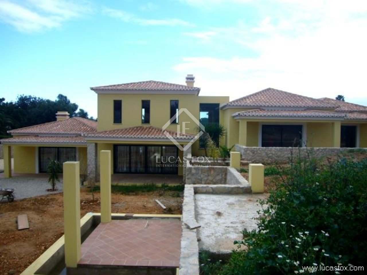 luxury Algarve villa for sale in Carvoeiro : 1