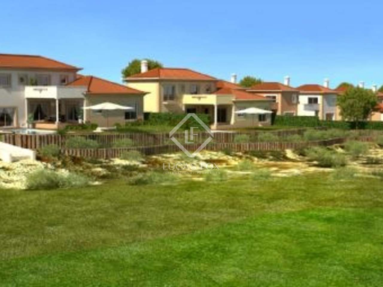 A three bedroom golf villa for sale on the Silver Coast