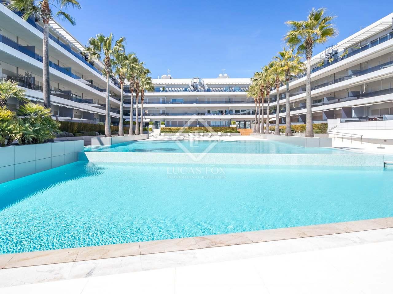 Appartement de 86m a vendre ibiza ville avec 59m terrasse for Appartement de ville