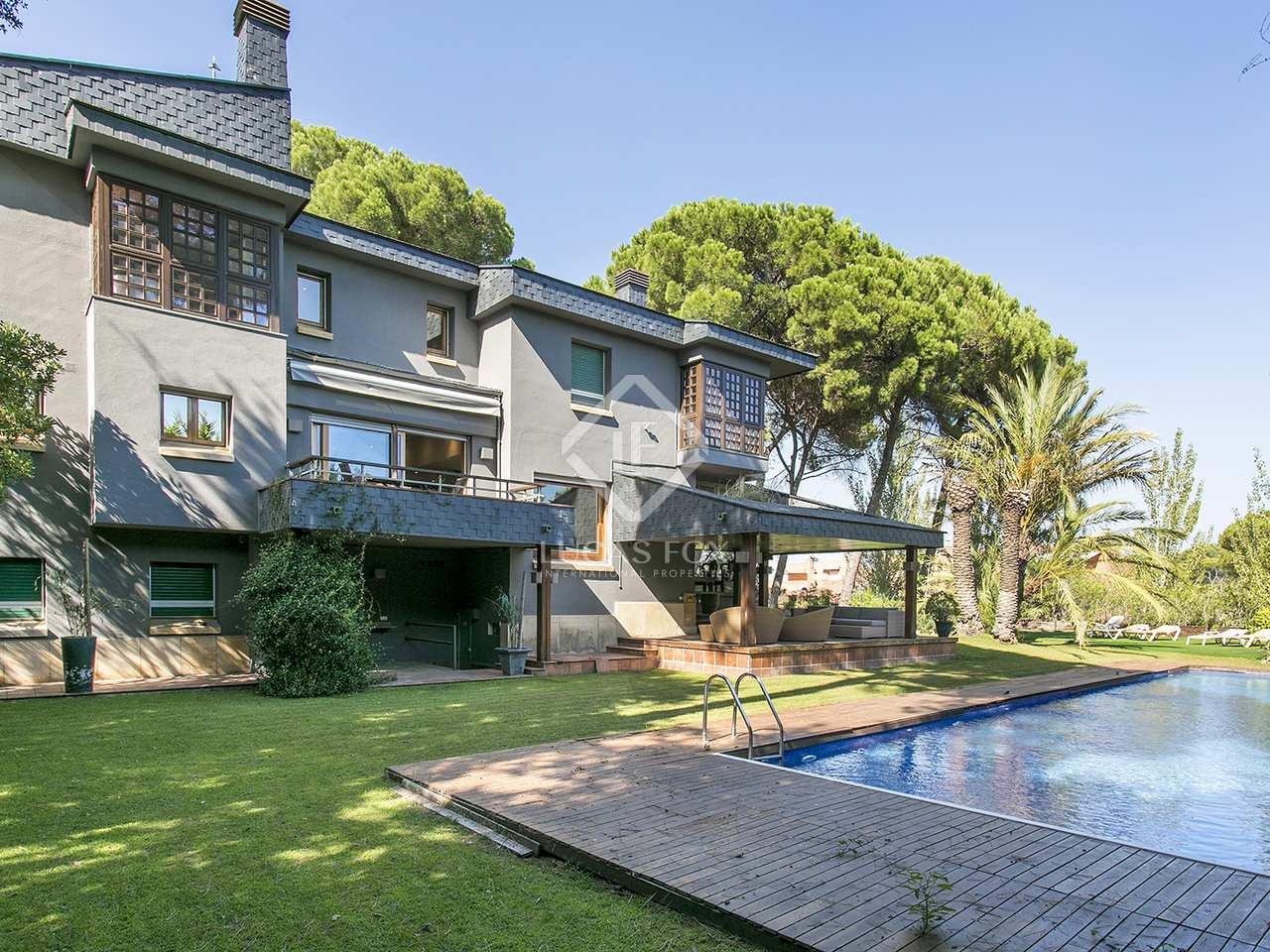 maison villa de 736m a louer sant cugat barcelone. Black Bedroom Furniture Sets. Home Design Ideas