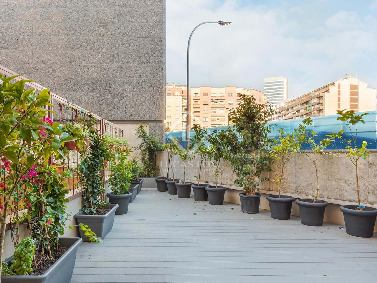 Appartement de 64m a vendre eixample gauche avec 33m for Piscine w barcelone