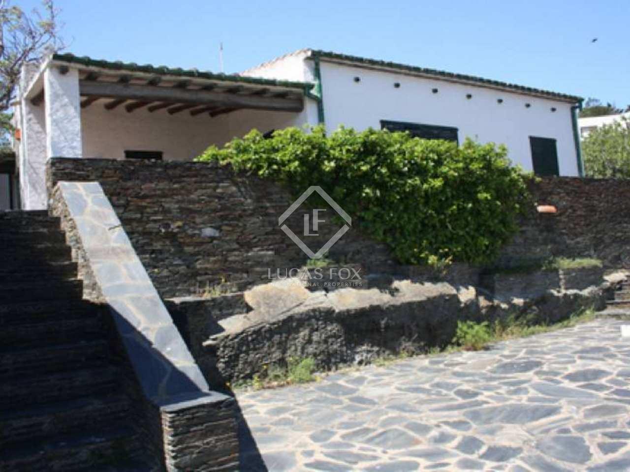 Maison villa de 235m a vendre cadaqu s costa brava for Acheter une maison de village