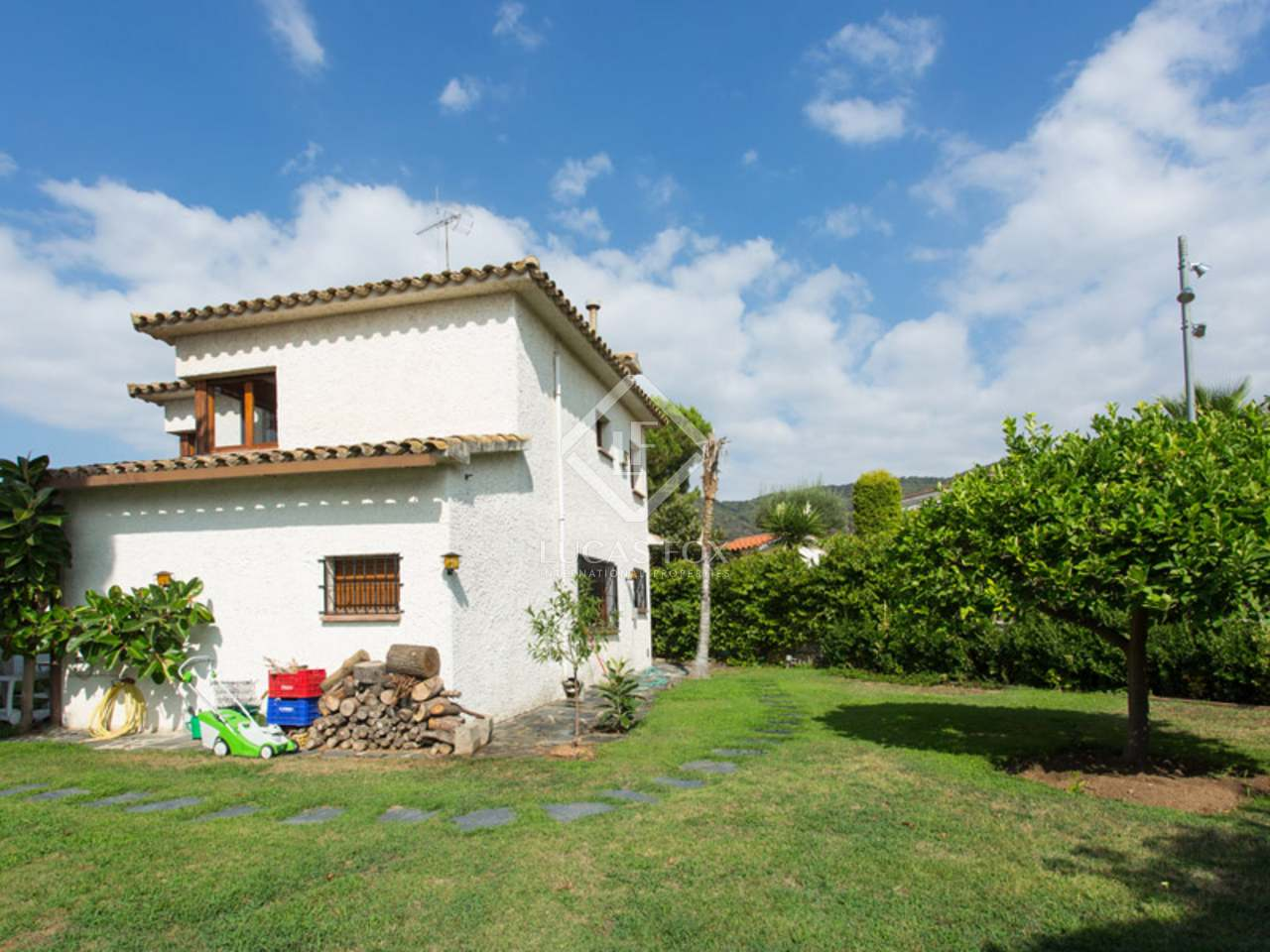 5 Bedroom House For Sale In Premia De Dalt