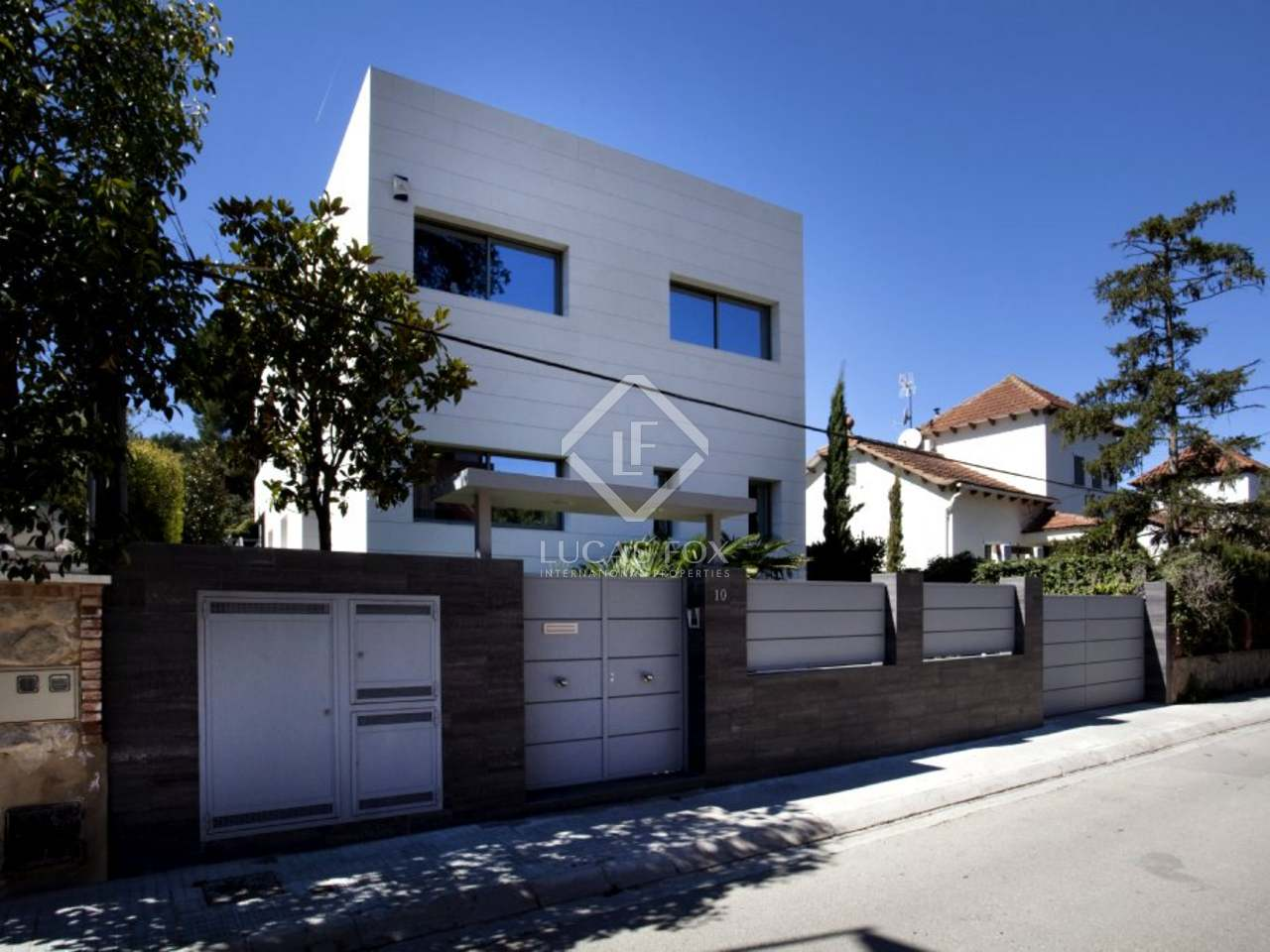 Casa de dise o en venta en valldoreix cerca de barcelona - Casas en valldoreix ...