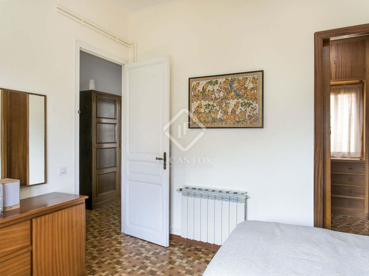 126m haus villa mit 90m garten zum verkauf in sarri. Black Bedroom Furniture Sets. Home Design Ideas