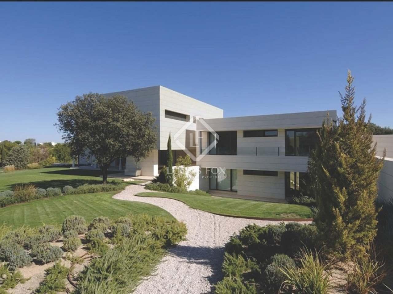 1 500m haus villa zum verkauf in pozuelo madrid for Casas en la finca