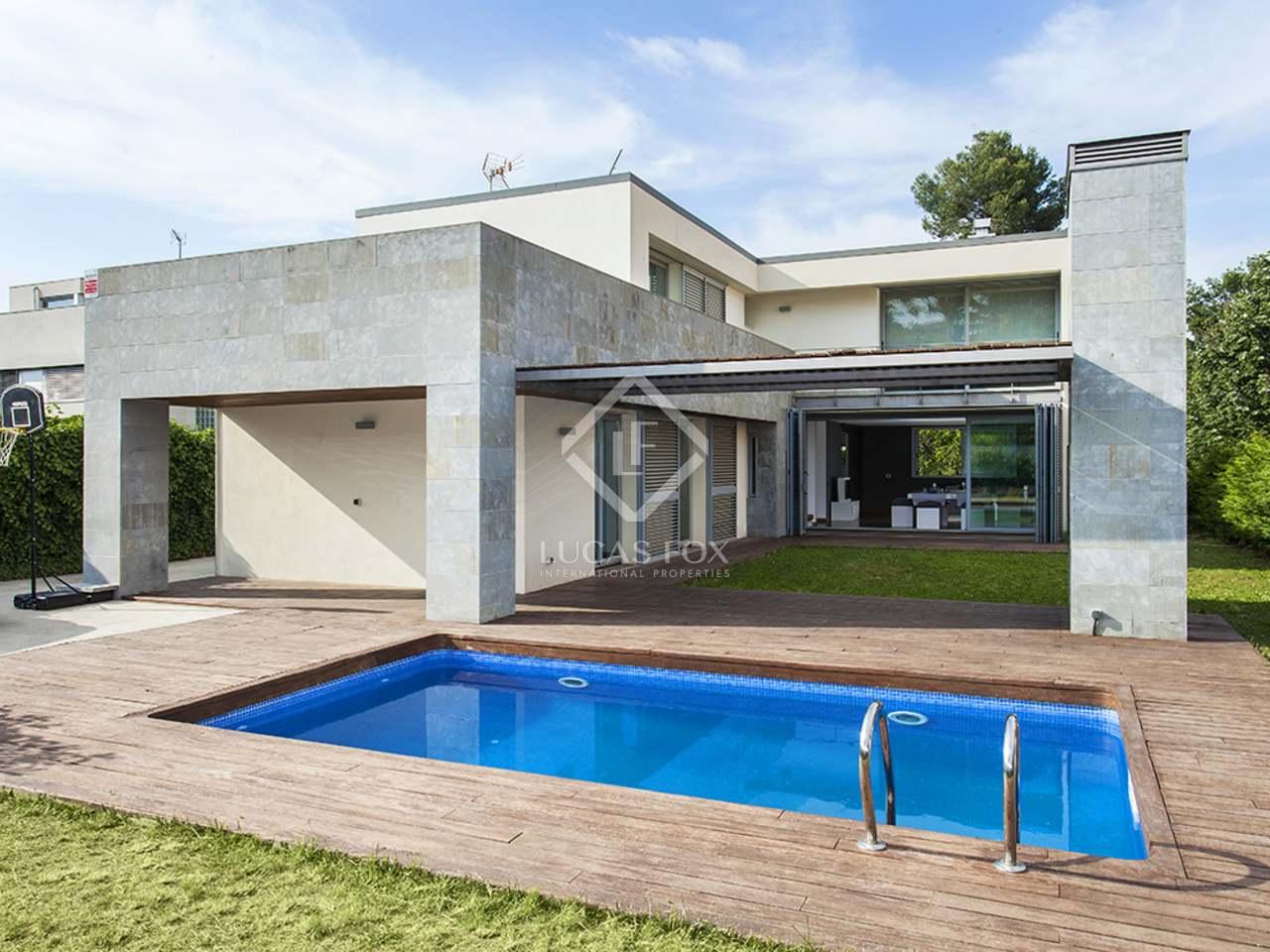 maison villa de 320m a vendre sant cugat barcelone. Black Bedroom Furniture Sets. Home Design Ideas
