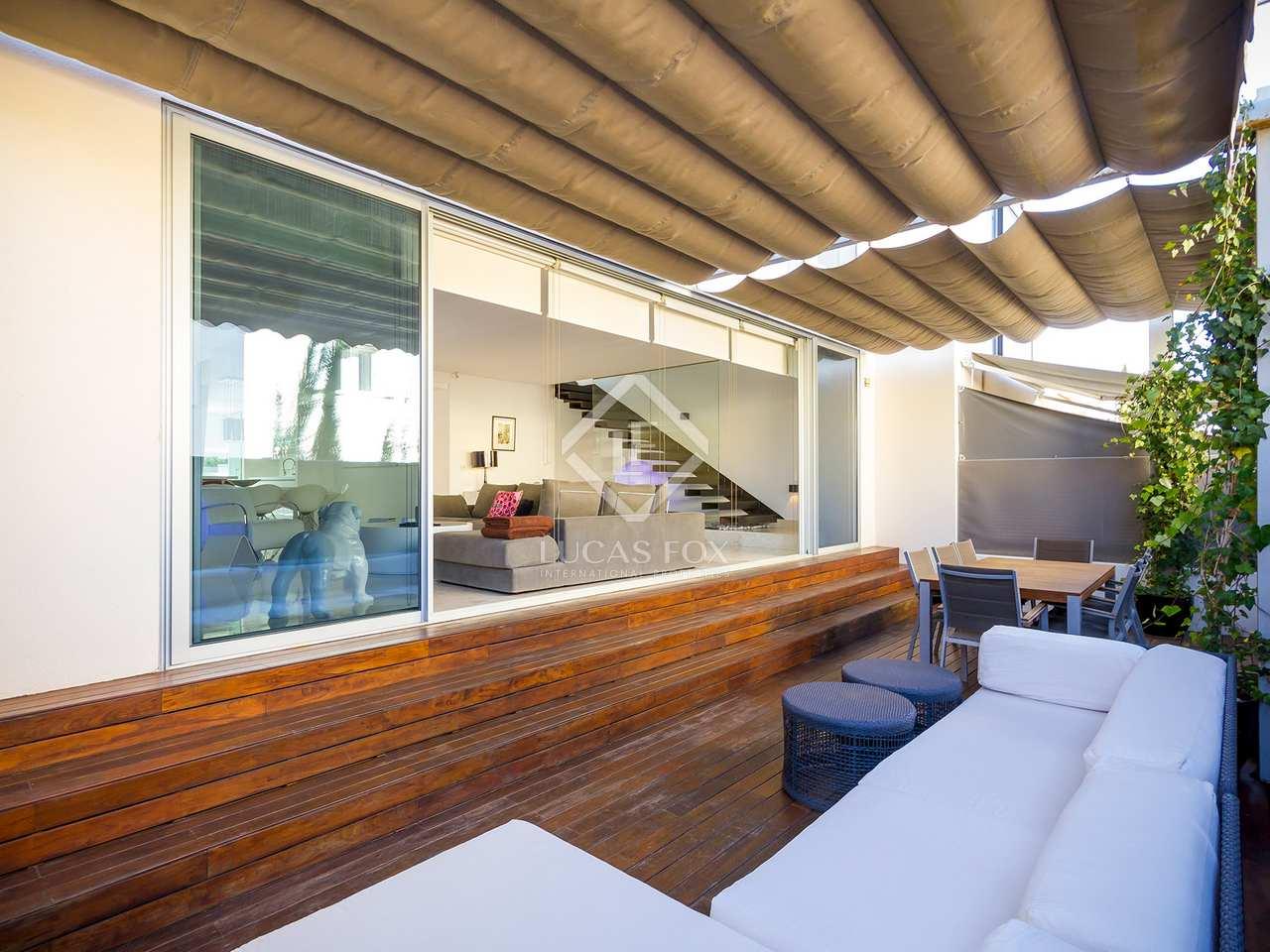 Casa moderna preciosa en venta en illa plana ibiza for Jacuzzi casa moderna