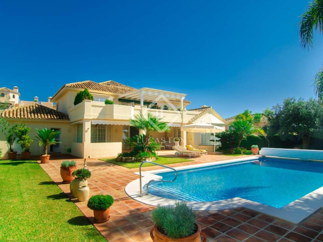3 Bedroom Villa For Sale In Elviria Marbella