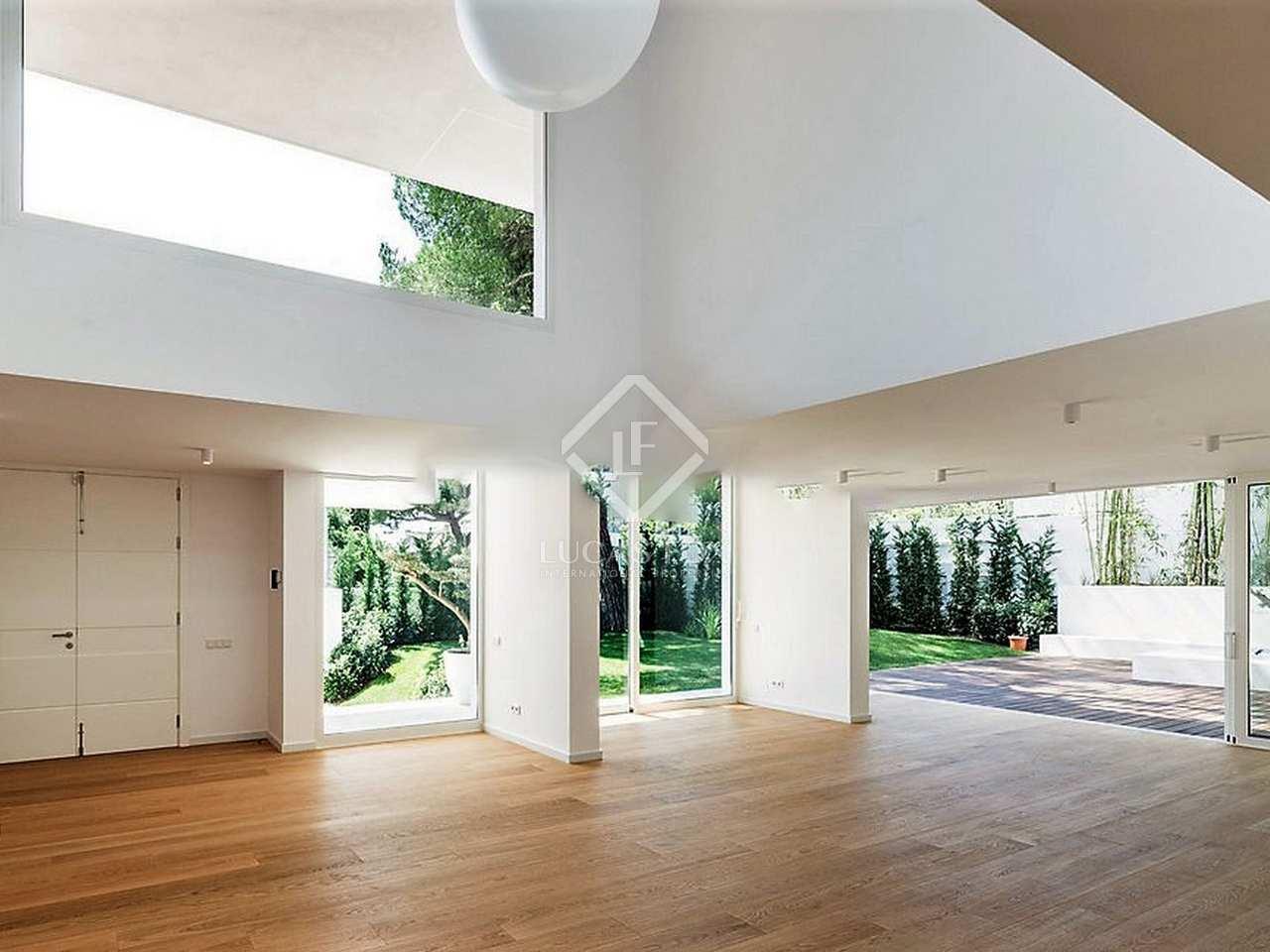 maison villa de 724m a vendre pedralbes barcelone. Black Bedroom Furniture Sets. Home Design Ideas