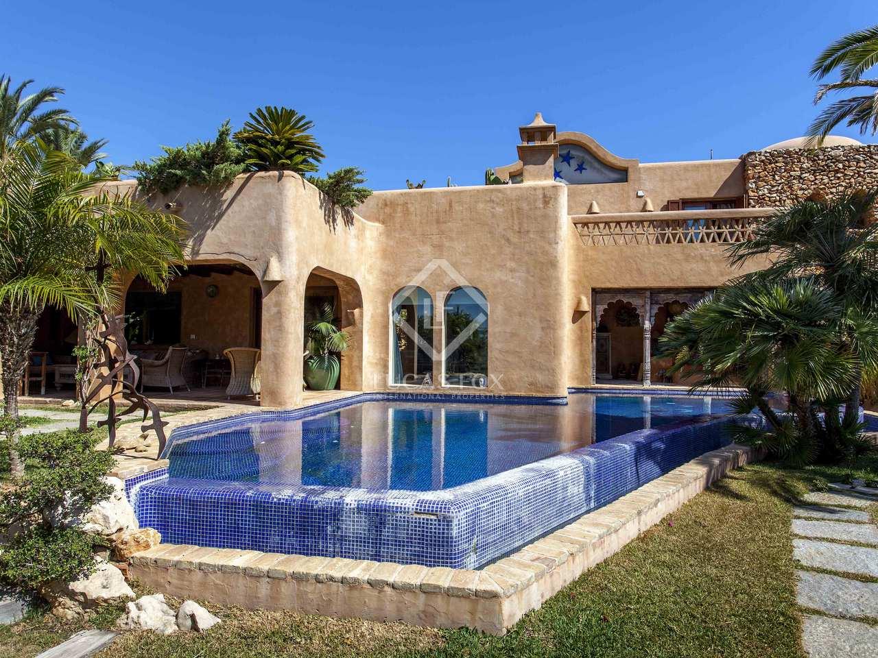 376m haus villa mit 64m terrasse zum verkauf in moraira. Black Bedroom Furniture Sets. Home Design Ideas