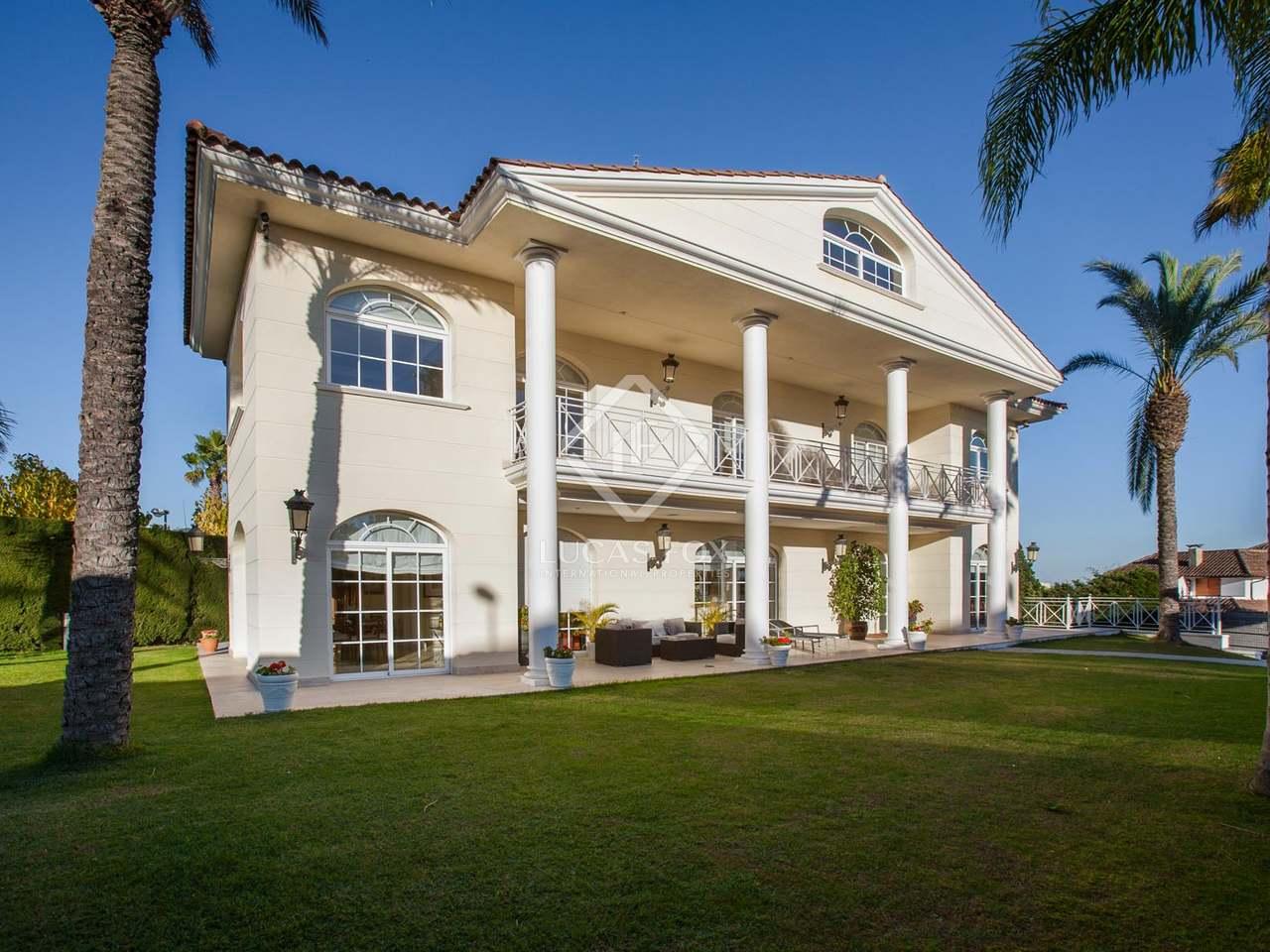 697m haus villa zum verkauf in alella maresme for Haus zum mieten
