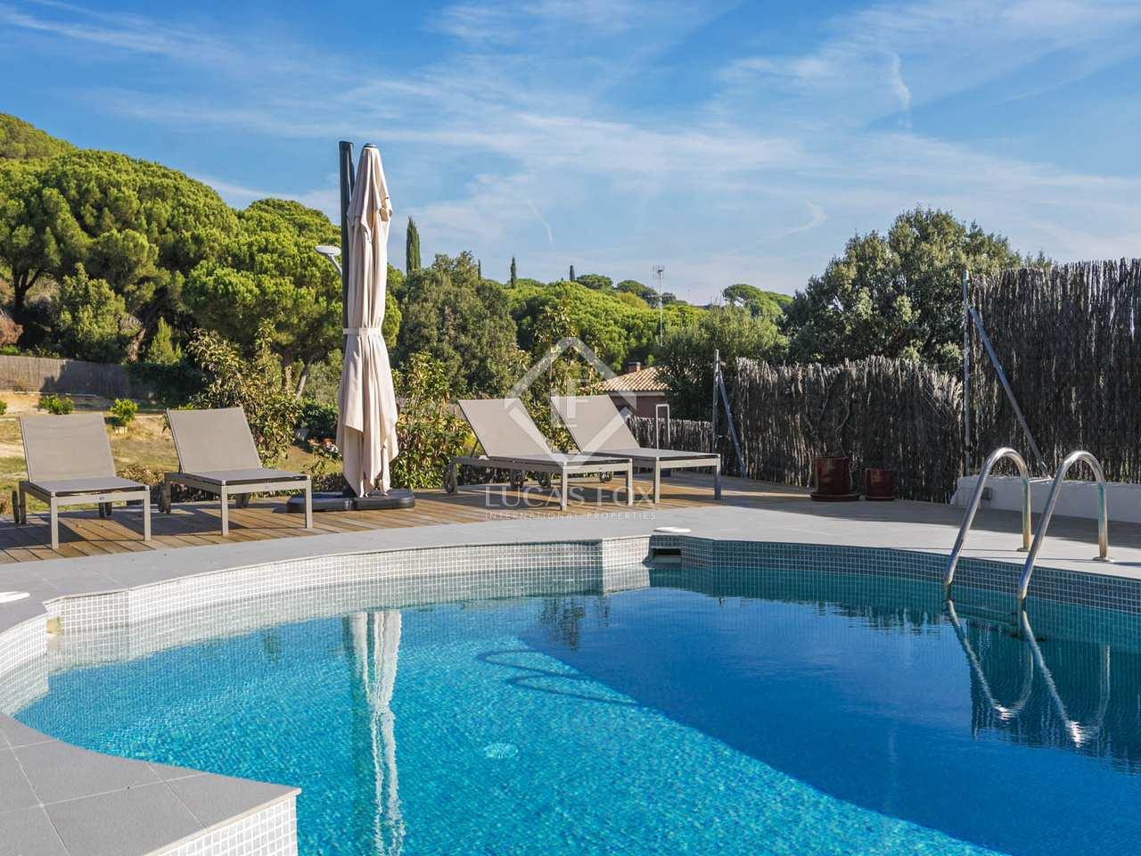 Villa de 502m en venta en sant andreu de llavaneres for Piscina sant andreu