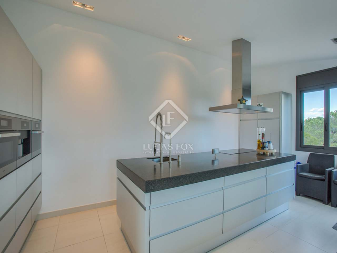 372m golf immobilie zum verkauf in sant feliu de gu xols punta brava. Black Bedroom Furniture Sets. Home Design Ideas