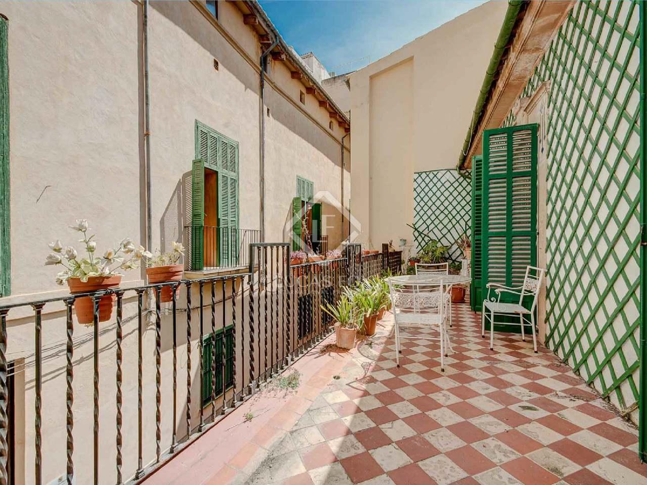 Casa Adosada En Venta En La Ciudad De Palma Mallorca