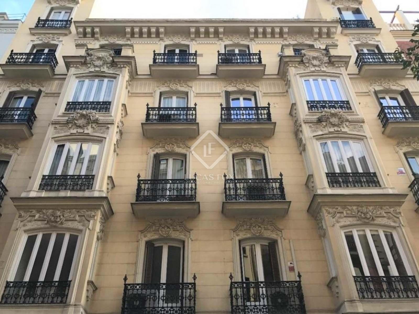 161 m² apartment for sale in Recoletos, Madrid