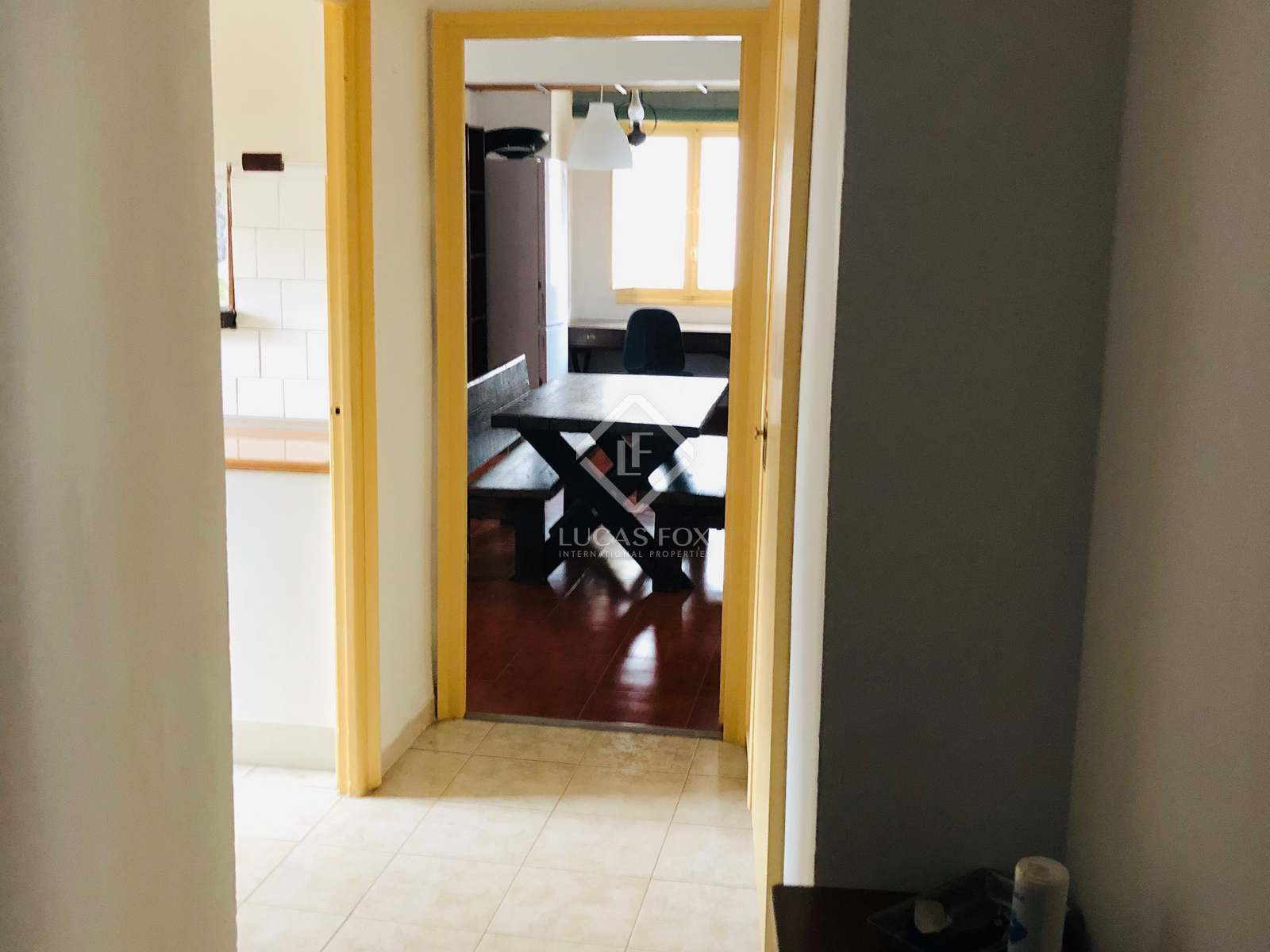 Hallway : Image of the property