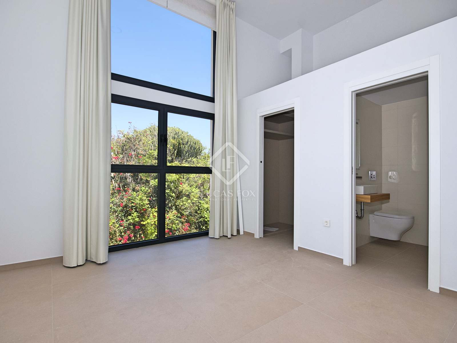 Master bedroom : Image of the property