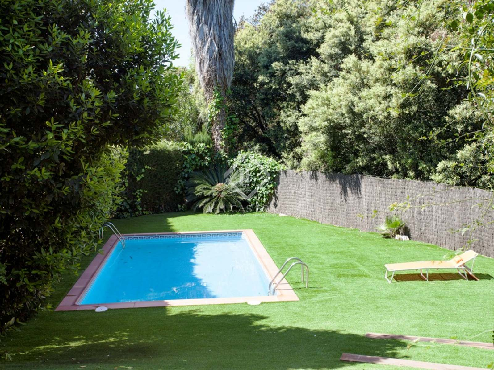 Pool : Image of the property
