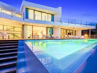 Villa moderna en venta en una zona preciosa de San José