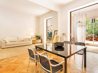 201 m² apartment for sale next to Arc de Triomf, Barcelona