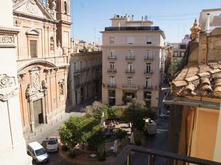 Property to rent in stately building in Sant Francesc