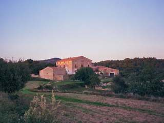 Catalan coumtry house for sale set in 250 hectares