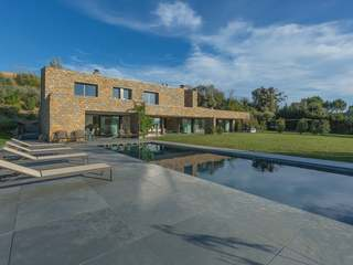 Luxury contemporary house to buy in the Baix Emporda, Girona