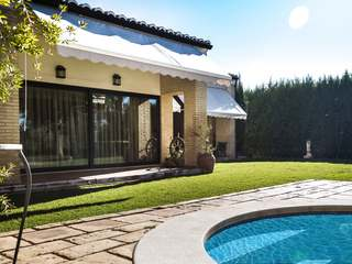 Mediterranean style villa for rent in Los Monasterios